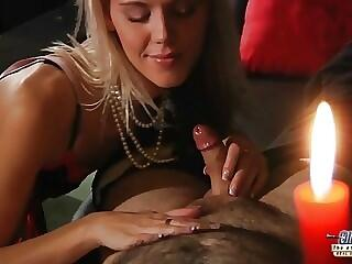 Kinky Blonde likes to get fucked and to suck off grandpa